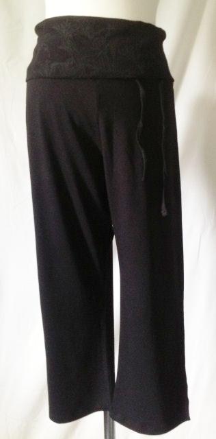 Bamboe capri broek zwart bewerkt - 6015